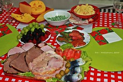 Christmas Dinner (AndreaBriceno) Tags: christmas food toronto ontario canada cheese dinner grapes raspberry christmaseve coldcut craving andreabriceno canont1i mashedpotatoesseafood frauleinandrea