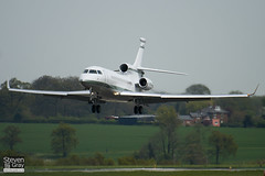 N671WB - 29 - Private - Dassault Falcon 7X - Luton - 100428 - Steven Gray - IMG_0502