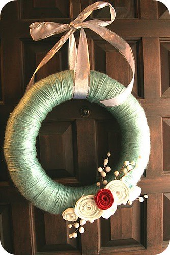 Felt Flower Yarn Wreath (Homemade Ginger)