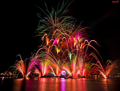 Holiday Illuminations at Epcot (Tom.Bricker) Tags: epcot nikon fireworks disney disneyworld mickeymouse wdw waltdisneyworld epcotcenter waltdisney disneyfireworks worldshowcase futureworld disneyphotos disneyphotography wdwfigment tombricker
