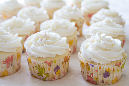 Lemon Cupcakes with Lemon Curd and Lemon Buttercream Frosting - 10