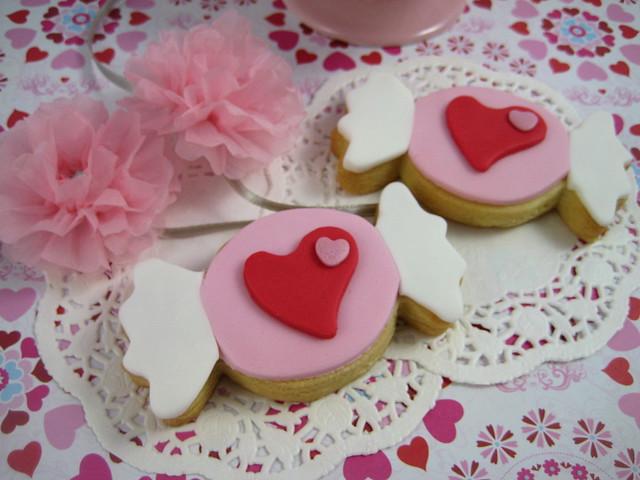 pink sweet valentine cookies