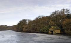 Stubbing Court Lake (l4ts) Tags: winter ice frozen derbyshire boathouse chesterfield boatinglake wingerworth stubbingcourt