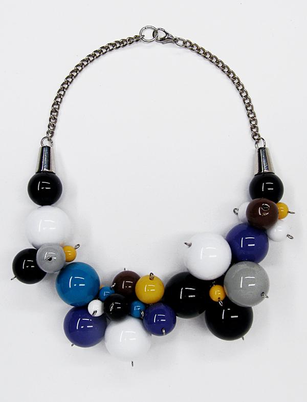 a_s_proto by anu samarüütel berry necklace 3