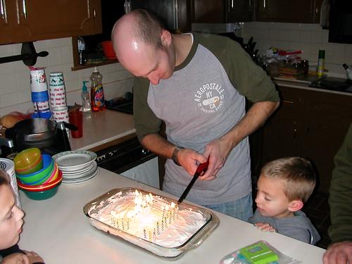 Dec 30 2010 Lee cake