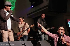 Jimmu - HardRock Cafe Senandung Untuk Negeri 14 Nov 2010_3 (jimmuband) Tags: jimmu alexkuple jimmuband