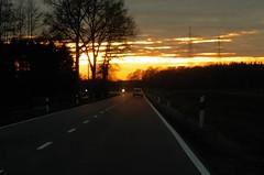 Abendhimmel bei Freren (Chironius) Tags: gegenlicht messingen emsland germany deutschland niedersachsen allemagne alemania germania   sonnenuntergang sunset atardecer tramonto zonsondergang  dmmerung dusk schemering crpuscule crepuscolo abenddmmerung abend evening abends array silhouette