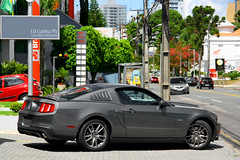 Ford Mustang GT 5.0 (Ed Cunha Ph) Tags: auto black car canon grey muscle stripes automotive curitiba american coche carro mustang gt 50 v8 2012 fiveo 2011 batel