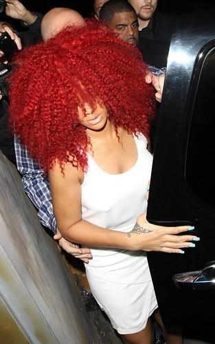 Rihanna au club Las Palmas à Los Angeles