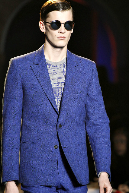 FW11_Milan_Versace063_William Eustace(VOGUEcom)