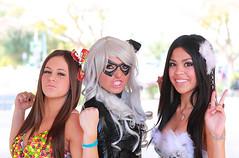 Girls just want to have fun 2011 Amazing Arizona ComicCon (gbrummett) Tags: arizona blackcat eos mark 85mm ii 5d usm ef f12l img6614 haleytaylor skittlesgirl jessicanigri cameragrant brummettcanon talyaknightt 2011amazingarizonacomicconvention lensmesa comicconcomiconcanon