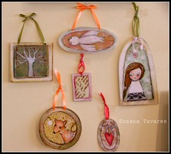 Ornaments / Decorations (Susana Tavares) Tags: christmas tree bird art girl kids illustration children hearts frames sweet mixedmedia coraes ornaments bambi arvore menina decorao princesses passaro dears miudos molduras susanatavares tohang ateliersusanatavares