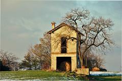 casetta di collina (mat56.) Tags: trees sky snow alberi landscape casa milano cielo neve balla paesaggi lombardia collina fieno casetta sancolombanoallambro mat56