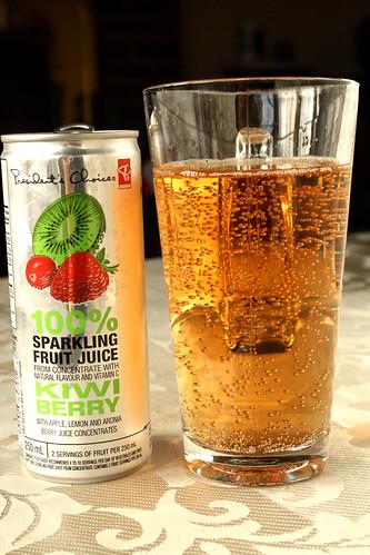 PC 100% Sparkling Fruit Juice: Kiwi Berry