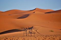 Merzouga - El descanso del tuareg (Xver) Tags: nikon desert desierto marruecos wste d40 nikond40