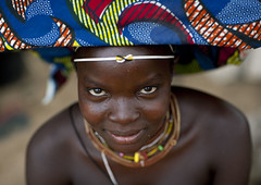 Mucubal woman - Angola (Eric Lafforgue) Tags: africa woman tourism girl look eyes african culture tribal yeux tribes blackpeople tradition tribe ethnic cultura tribo regard headdress angola headwear ethnology headgear tribu tourismo herero 0931 etnia tnico etnias angolan ethnie hereros    suldeangola mugubale      mucubai mucabale tribetribotribaltribetributribesethnicethnologyethnieculturetraditionmucubal southangola