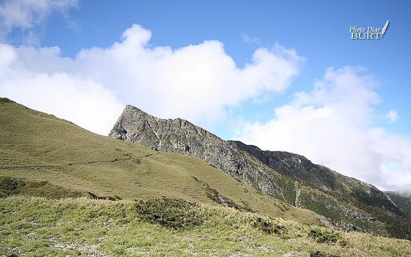 沒休息,繼續往奇萊北峰前進