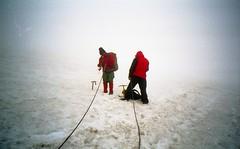 bad weather (Jos Mecklenfeld) Tags: summer mountains alps tirol fuji kodak bergen alpen gletscher badweather kodakgold kodakgold200 bergbeklimmen mountainering zillertaleralpen schwarzenstein berlinerhtte fujidl95super