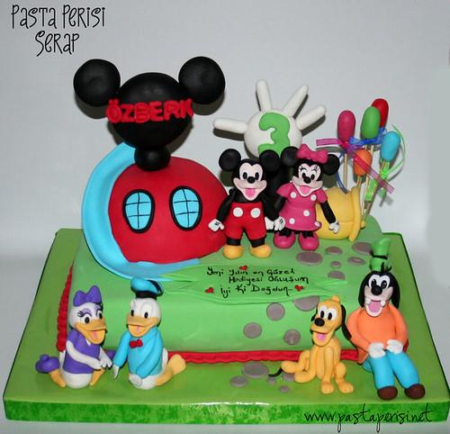 mickey mouse pastası-özberk