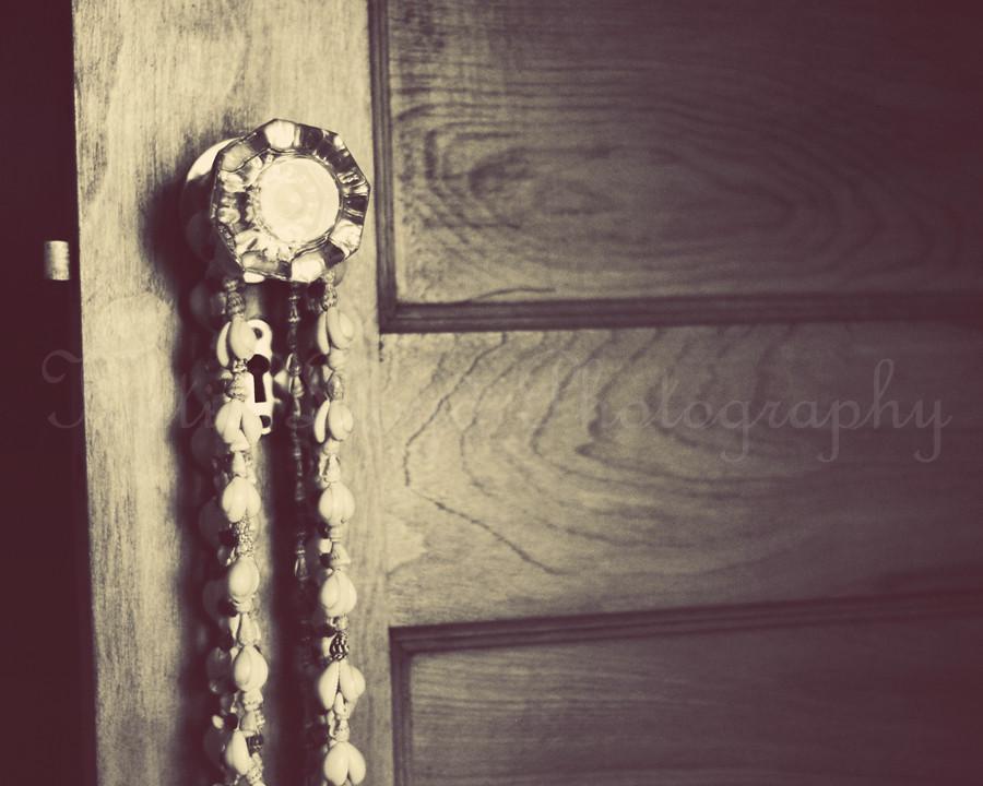 Doorknob-Vintage---8x10--wm