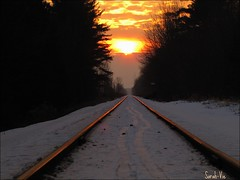 (Sarah-Vie) Tags: sunset cloud train rail nuage coucherdesoleil chemindefer