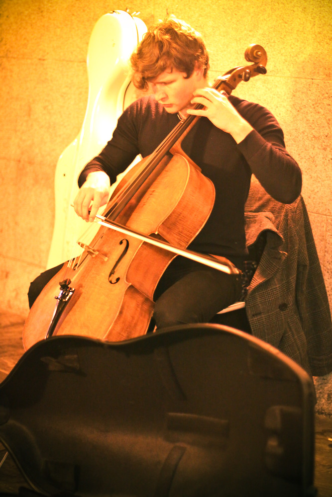 Cello : Underground