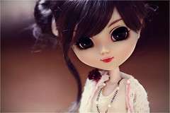 Bella~ ( J a c k y) Tags: macro girl canon doll sigma planning pullip bella jun alte