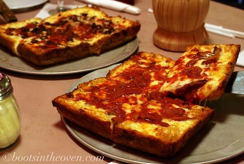 Pizza, Loui's Style
