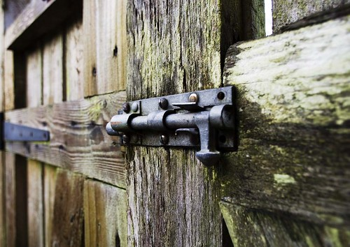 Pentax K-5 15mm F4 lens