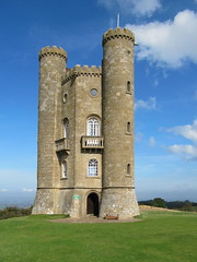 Broadway Tower (Katie-Rose) Tags: uk tower bluesky worcestershire folly capabilitybrown katierose amazingviews builtin1798 canonpowershotsx200is 1024ftabovesealevel broadaytower