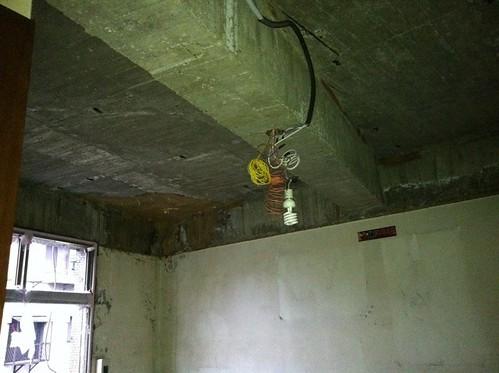 施工中-房間