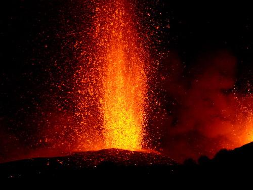 Etna erupting 2002