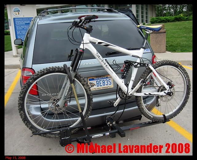 travel family vacation interior mountainbike minivan marzocchi sette bigthree stowngo 2007dodgegrandcaravansxtspecialeditionchrysler