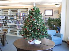 Christmas tree (Maenette1) Tags: christmas tree spiespubliclibrary menominee uppermichigan flicker365