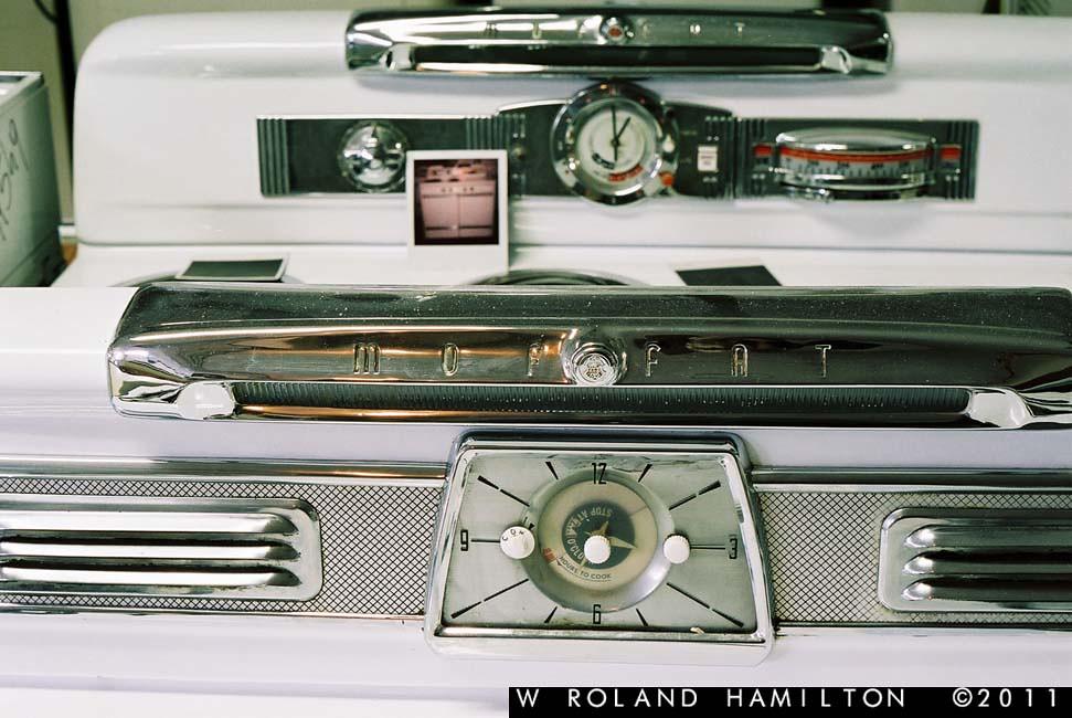 Vintage 1950's Moffat stove range (Toronto, ON)