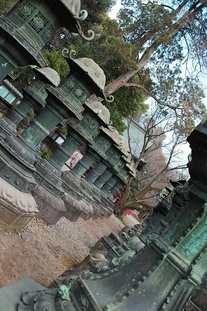 UENO Toshogu garden lantern