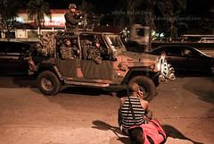 Rio de Janeiro/RJ (Rato Diniz) Tags: brasil riodejaneiro mare rj policia marinha upp comunidade zonanorte exercito comunidadepopular forasarmadas complexodamare espaopopular zonanortedoriodejaneiro faveladamare rataodiniz operaao forasarmadas militarizao conjuntodefavelasdamare espaopopular unidadedepoliciapacificadora militarizao operaao operaaomilitar ocupaaomare uppmare instalaaouppmare instalaoupp militarizaodoespaopopular forcadesegurana operaaomilitar ocupaaomare instalaaouppmare instalaoupp militarizaodoespaopopular forcadesegurana