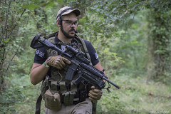 DSC01267 (Antoetienne) Tags: airsoft guns weapons soldiers soldats arme