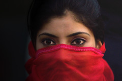 0488 Lady with a red veil--Kashmir (ngchongkin) Tags: india niceshot harmony showroom soe shiningstar nationalgeographic musictomyeyes favoritephotos zafiro thegalaxy beautifulshot superphotographer flickrstars anythingyoulike peaceaward avpa flickrhearts flickraward flickrbronzeaward flickrsilveraward heartawards eperkeaward flickrsheaven dazzlingshots flickridol flickrroseawards flickrestrellas beautifulaward thebestshot highqualityimages spiritofphotography discoveryphotos 469photographer grouptripod artofimages angelawards visionaryartsgallery contactaward expressyourselfaward bestportraitsaoi thebestportraitsaoi pegasusaward flickrsgottalent flickrssuperstartalent bestpeopleschoice divinecaptures elitegalleryaoi mygearandme poppyawards fabulousplanetevo goldstarawardlevel1 2heartsaward flickrbronzetrophy chariotsofartists highqualityimagequaifiedmembersonly bestphotointheuniverse