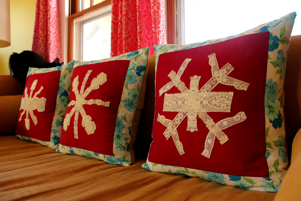 lace snowflake pillows