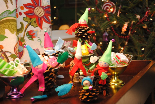 Pinecone elf party!