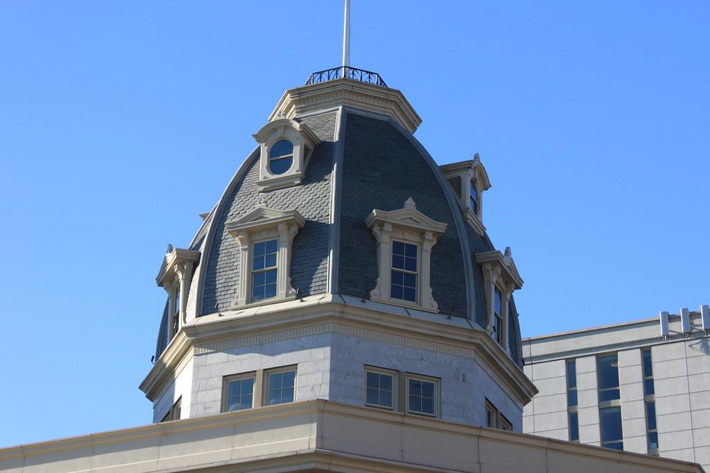 Octagon Tower, Roosevelt Island