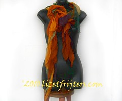 multicoloured seaweed scarf 5 (lizetfrijters) Tags: seaweed scarf silk multicoloured nunofelt