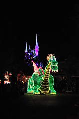 Dragon! (Etrusia UK) Tags: usa night america lights us aperture nikon mainstreet dragon florida zoom sigma disney disneyworld wdw waltdisneyworld f28 magickingdom pictureperfect highiso d300 sigma1850mm nightparade 1850mm sigmalens mainstreetelectricalparade disneyparade disneyworldflorida fastlens camerajpeg sooc straightoutofcamera nikond300