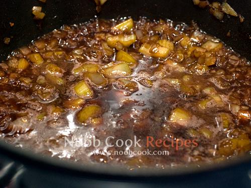 طريقة عمل طبق اللحم بالخضار بالصور 5265550183_c2b3f82280_o.jpg