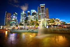 Singapore (Kenny Teo (zoompict)) Tags: longexposure blue light sky reflection building tourism water beautiful night canon wonderful lens landscape photo scenery photographer waterfront view symbol walk icon tourist best clear hour cbd kenny  merlion merlionpark colorphotoaward eos1000d zoompict singaporelowerpiercereservoir