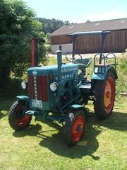 Oberweiler 2010 (TobiasOehrlein) Tags: traktor bulldog oldtimer hanomag deutz fendt eicher lanzfahr