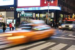 taxiiii (iSa+aLBeRT) Tags: newyork manhattan taxi nuevayork