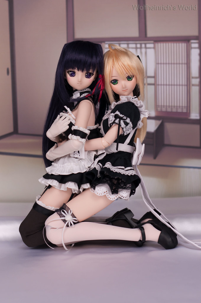 Happy New Year with DD Kiriha 桐葉 and Saber Lily セイバー・リリィ