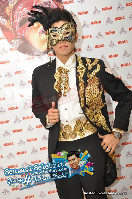 Artis di Party Masquerade